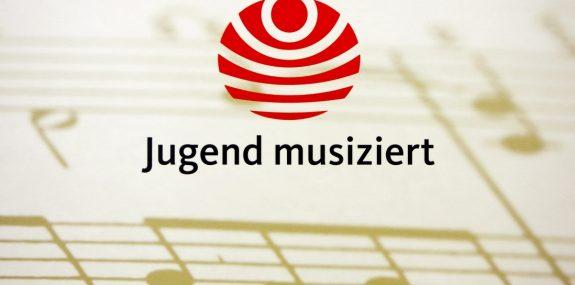 """Helene und ? trainieren für """"Jugend musiziert"""""""